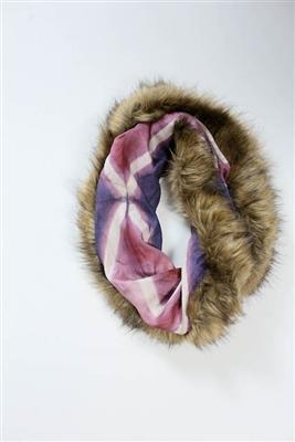 lif-fur-scarf